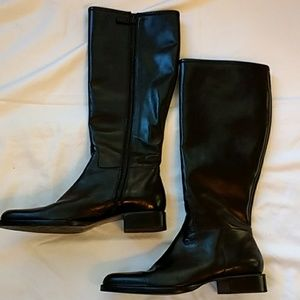 Lauren by Ralph Lauren Black Leather Boot Size 8